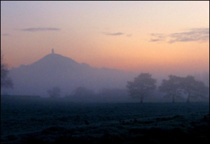 misty_glastonbury_tor_350x240