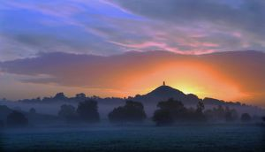misty-sunrise-glastonbury-tor-a