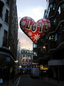 Love_balloon_decoration,_Carnaby_Street_W1_-_geograph.org.uk_-_1600054